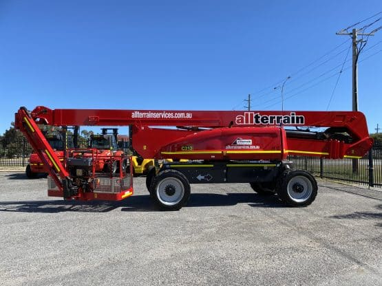 JLG 1250 AJP for specialised lifting service