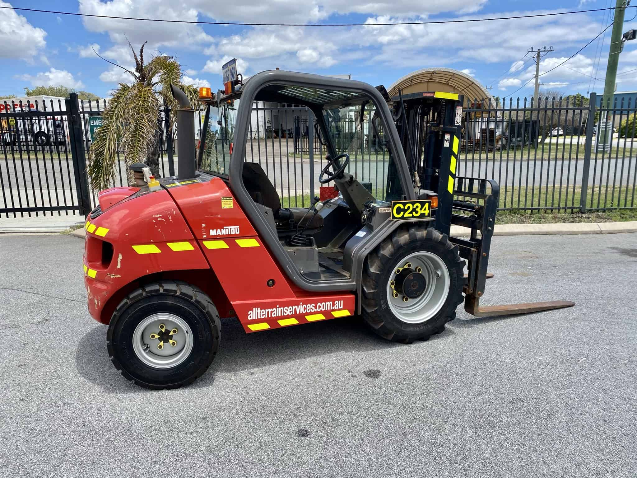 Manitou MH 25-4T Buggie rough terrain forklift spare parts in Perth
